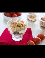 Verrine de rillettes de truite, tomates séchées et crème de chèvre