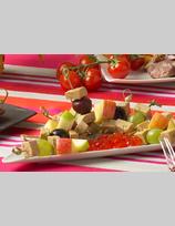 Brochettes de foie gras aux raisins rouges et blancs