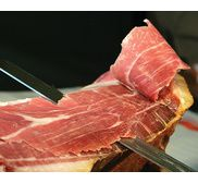1/4 Kintoa ham ( breed from iberian pigs) boneless in vacuum