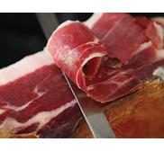 Jambon sec du Kintoa à l'os (issu de porc de race basque)