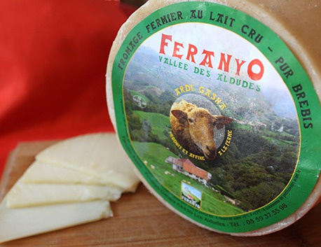 Fromage de brebis fermier au lait cru Feranyo (tomette)
