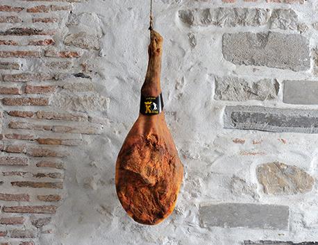 Jambon de Kintoa AOP à l'os (issu de porc de race basque)