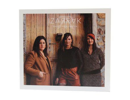 """CD DU GROUPE IZARRAK - """"MAIATZAREN DANTZA"""""""