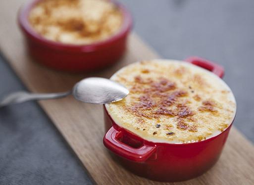 Crème brûlée au fromage de brebis et confiture de coing