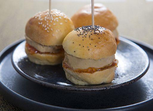 Foie gras de canard mi-cuit en mini burger